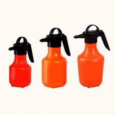 Hand-operated sprayer