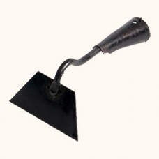 Hoe for garden with 100 mm width of working plane